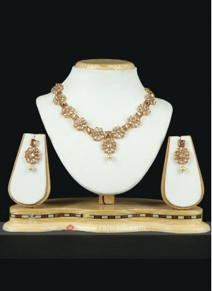 Golden Brass Metal Necklace Set