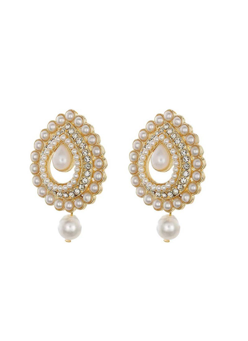 Golden Grace Drop Earring