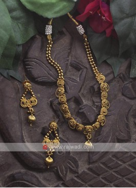 Golden Necklace Set with Earrings