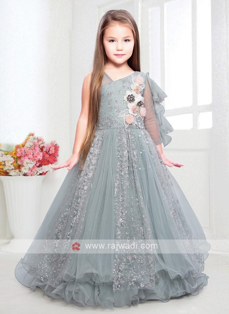 gorgeous pista green color net gown