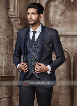 graceful navy blue suit