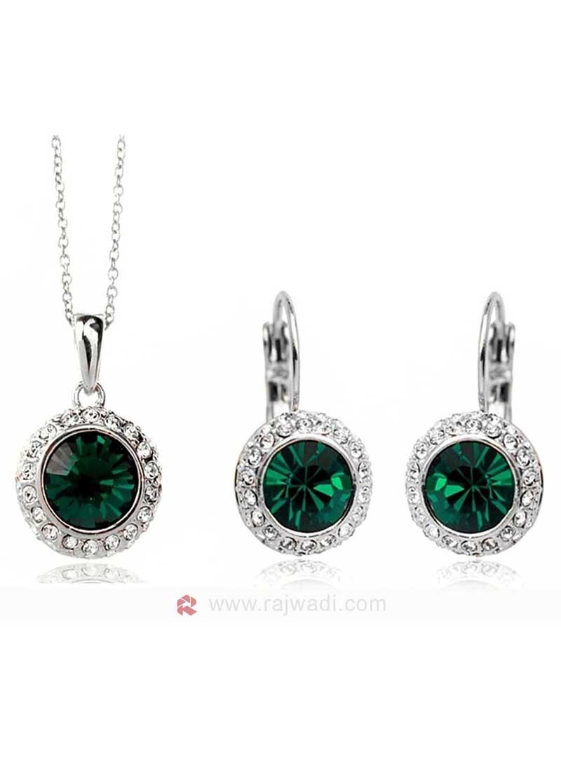 Green Austrain Crystal Pendant Set