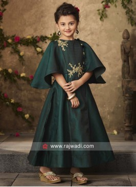 Green Cape Style Pleated Girls Gown