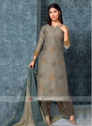 Grey color kurta with Palazzos & Stole