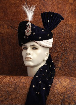 Grooms Navy Blue And White Safa