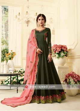 Jennifer Winget Floor Length Anarkali Suit