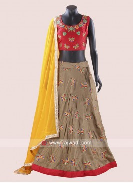Kutchi Work Chaniya Choli with Chiffon Dupatta