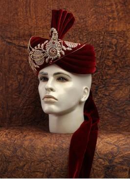 Maroon Color Royal Velvet Safa For Dulha