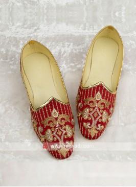 Maroon Color Silk Mojari For Wedding