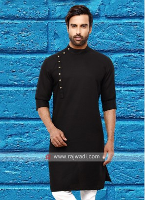 Men Black Colour Solid Kurta