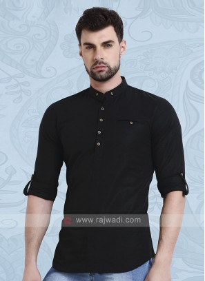 Men Black Solid Short Kurta