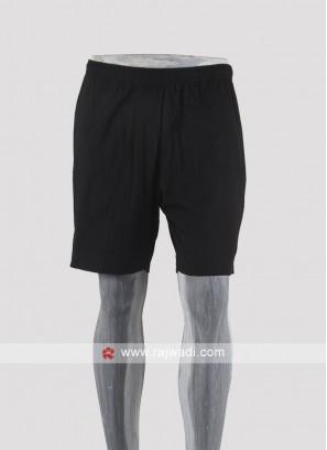 Men black Solid shorts