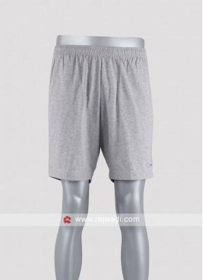 Men light grey solid shorts