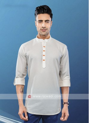 Men Off White Solid Short Kurta