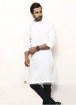 Men White Colour Solid Kurta