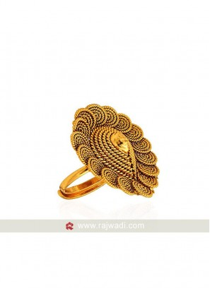 Pan Shaped Adjustable Ring