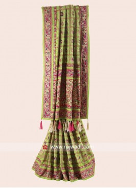 Parrot Green and Pink Bride Gharchola