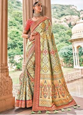 Patch Border Silk Classic Saree in Green