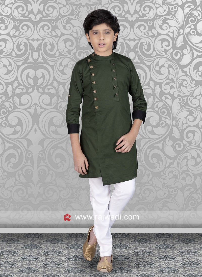 Green Color Kurta Set For Party