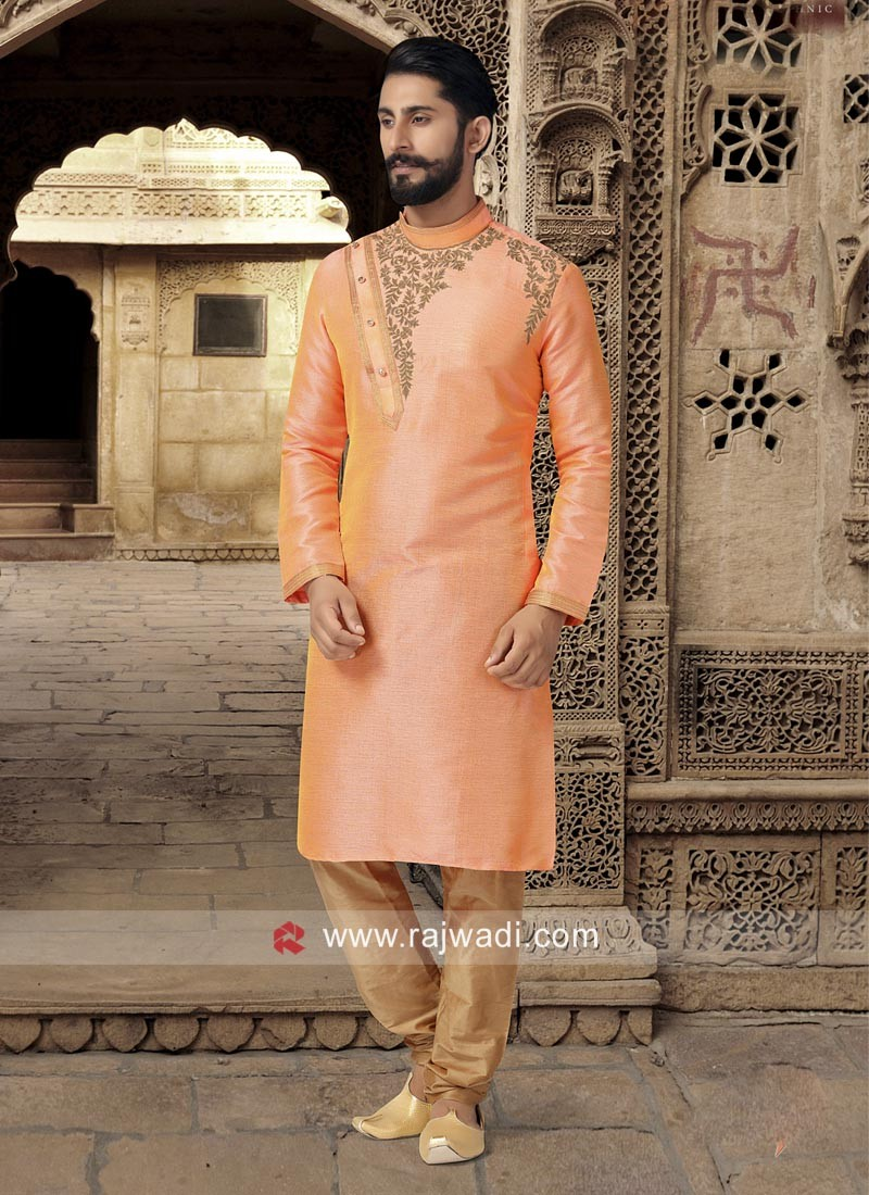 Attractive Round Neck Kurta Set