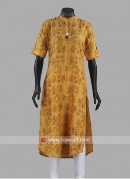 Printed Linen Kurti with Broach