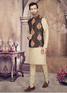 Printed Nehru Jacket Set In Golden Color