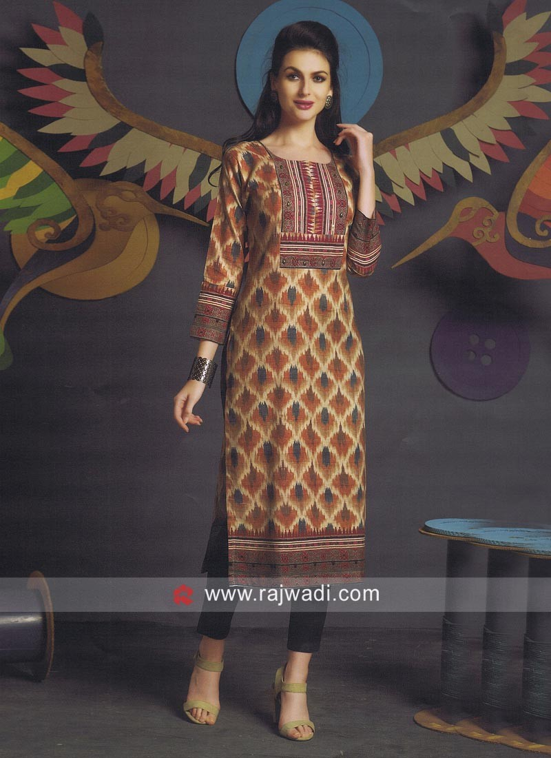 Printed Straight Fit Kurti with Sleeves