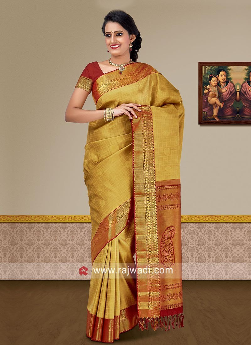 Pure Silk Weaving Saree in Golden Cream
