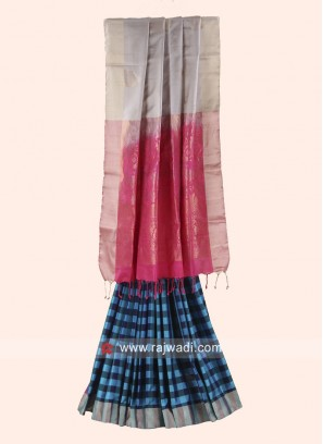 Pure Silk Woven Checks Saree with Blouse