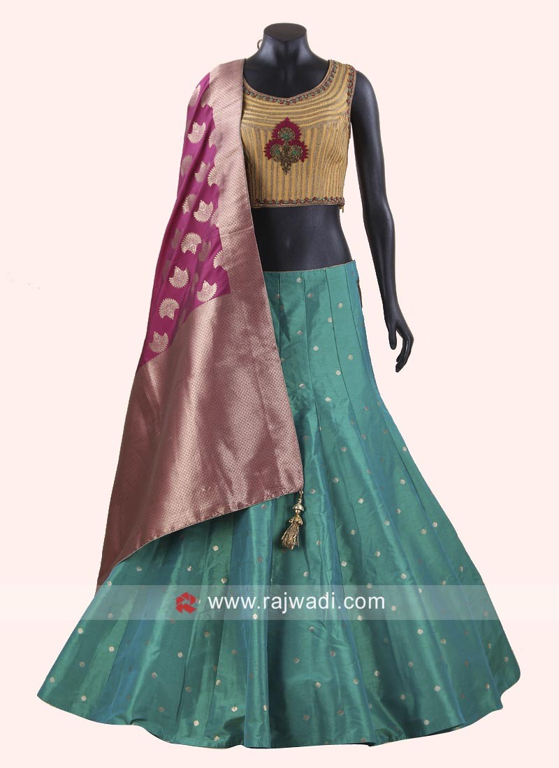 Attractive Raw Silk Choli Suit