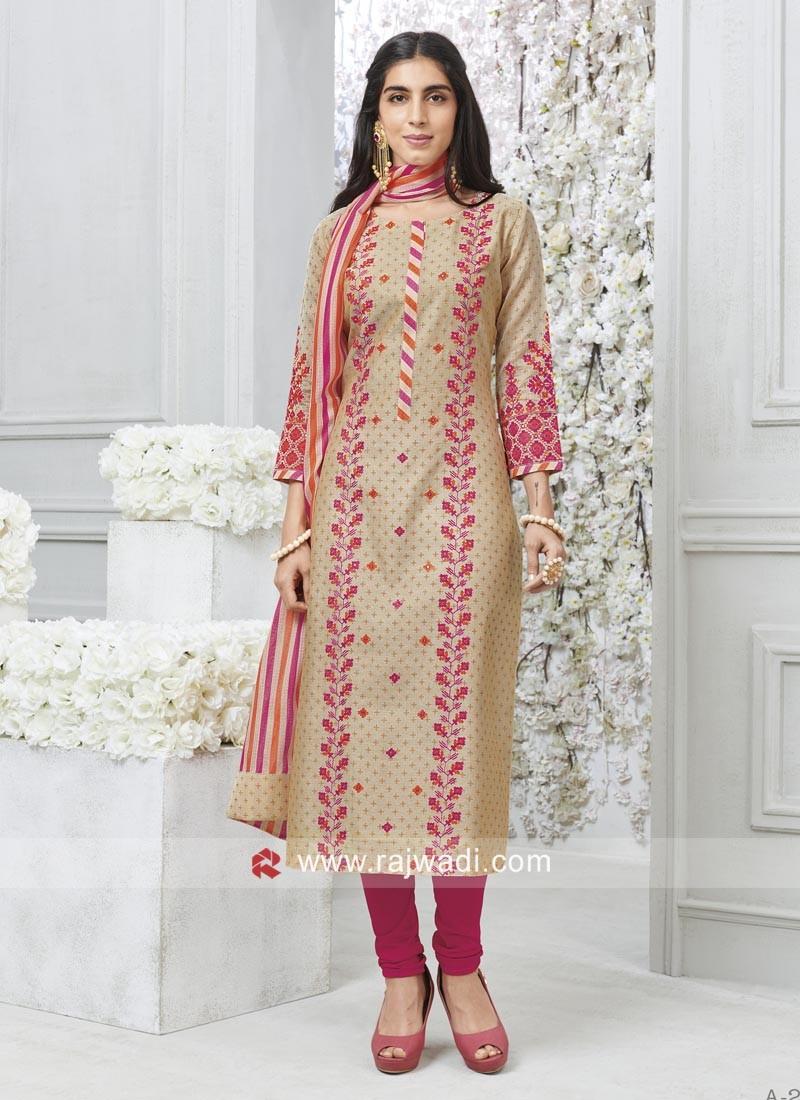 Resham and Plastic Mirror Work Salwar Suit