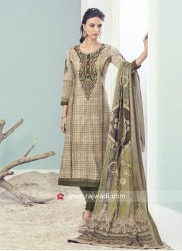 Resham and Zari Work Straight Fit Salwar Suit