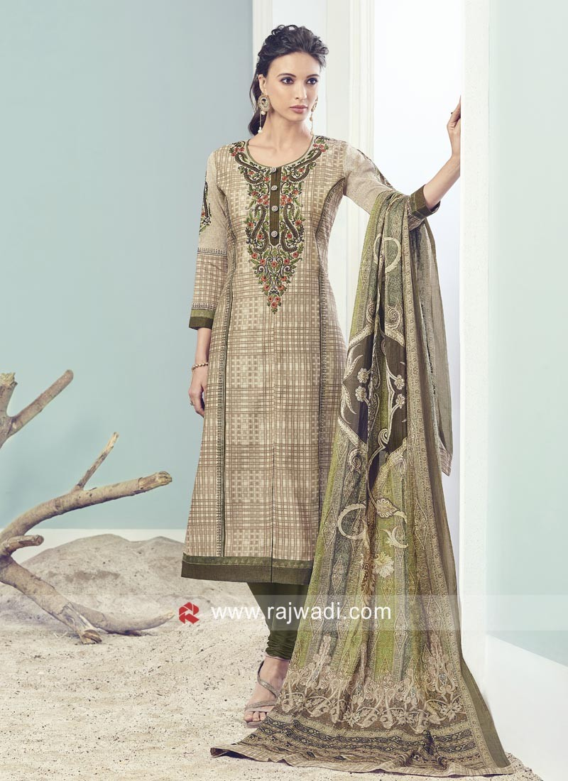 Resham and Zari Work Straight Fit Salwar Suit