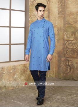 Round Neck Kurta Set With Side Buttons