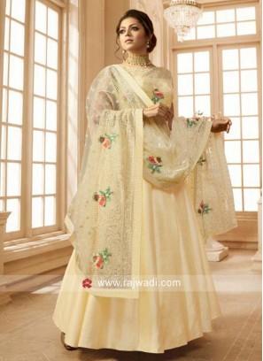 Semi Stitched Drashti Dhami Salwar Kameez