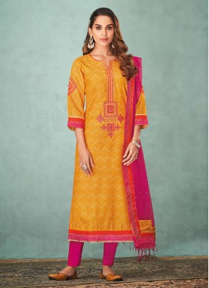Shagufta Bandhani Printed Pant Style Suit