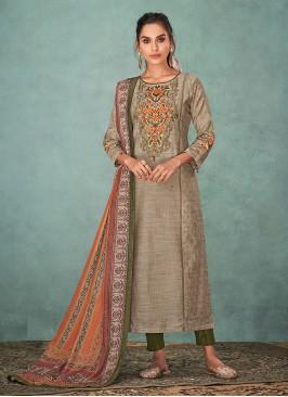 Shagufta Beautiful Resham Work Salwar Kameez