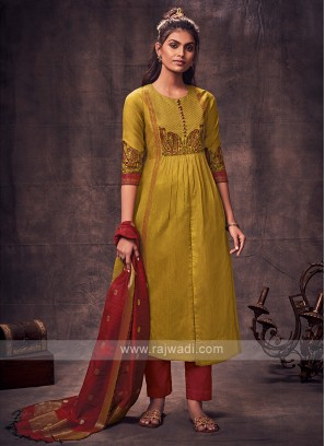 Shagufta Goldenrod & Red Color Pany Style Suit