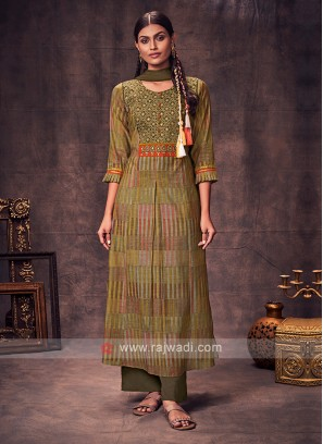Shagufta Mehndi Green Color Anarkali Suit