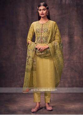 Shagufta Mehndi Green Salwar Suit