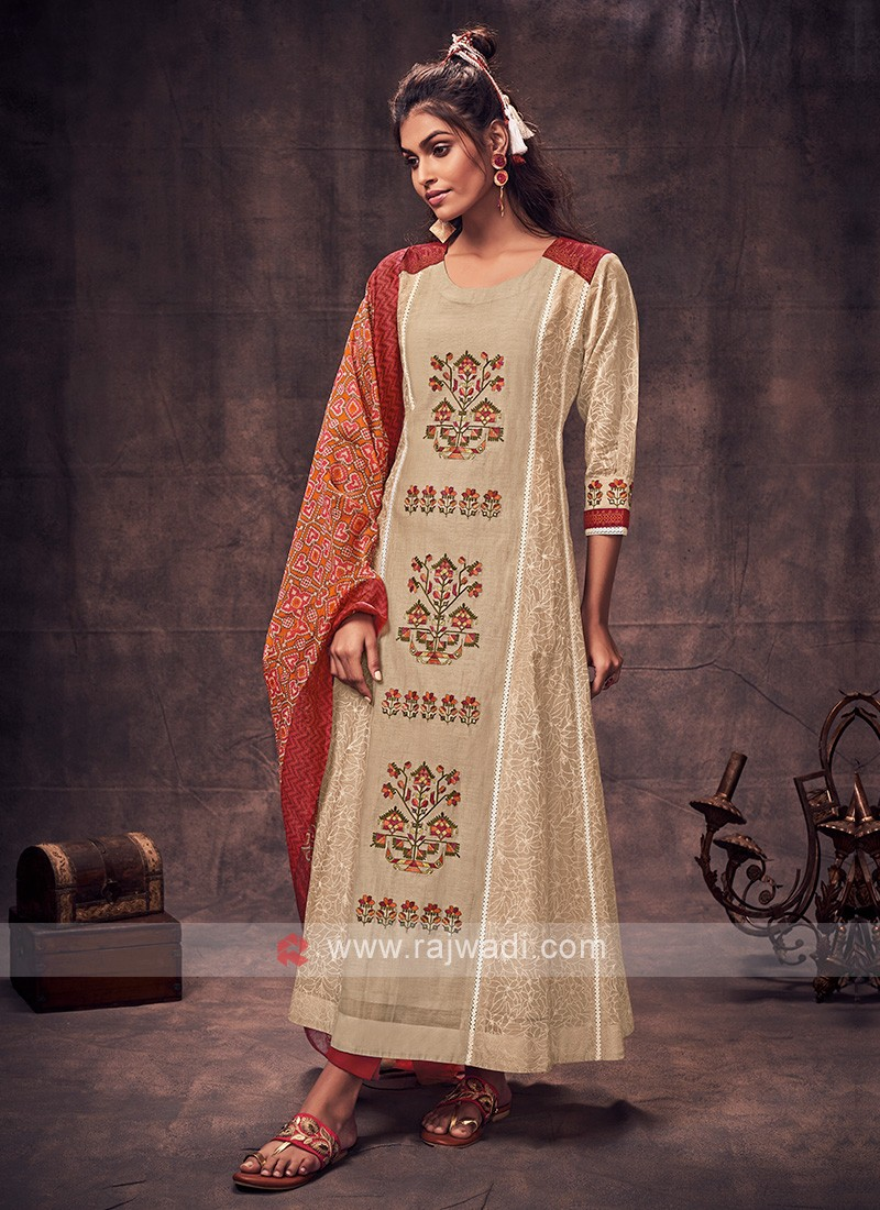 Shagufta Skin & Maroon Color Anarkali Suit