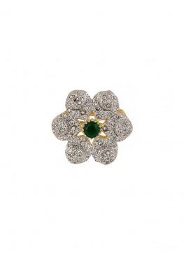 Star Round Green Stone Ring