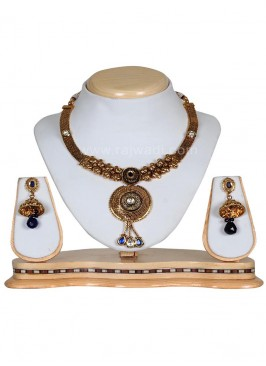 Stunning Kundan and Stone Work Necklace Set