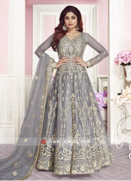 Stunning Shamita Shetty in Festive Wear Anarkali Suit