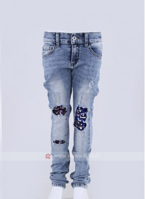 stylish frayed denim jeans on knee