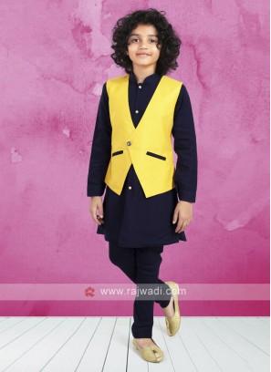 Stylish Koti Set For Boys