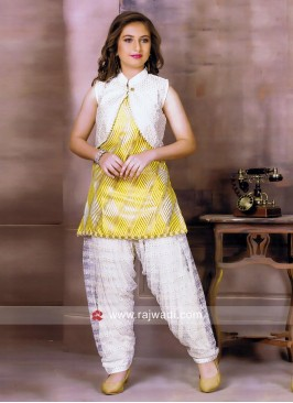 Stylish Salwar Kameez With Koti