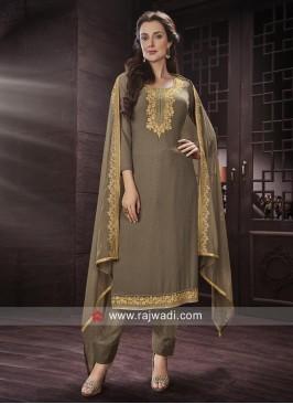 Stylish Semi Stitched Salwar Suit