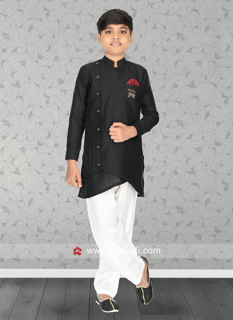 Stylish Black Color Kurta Set
