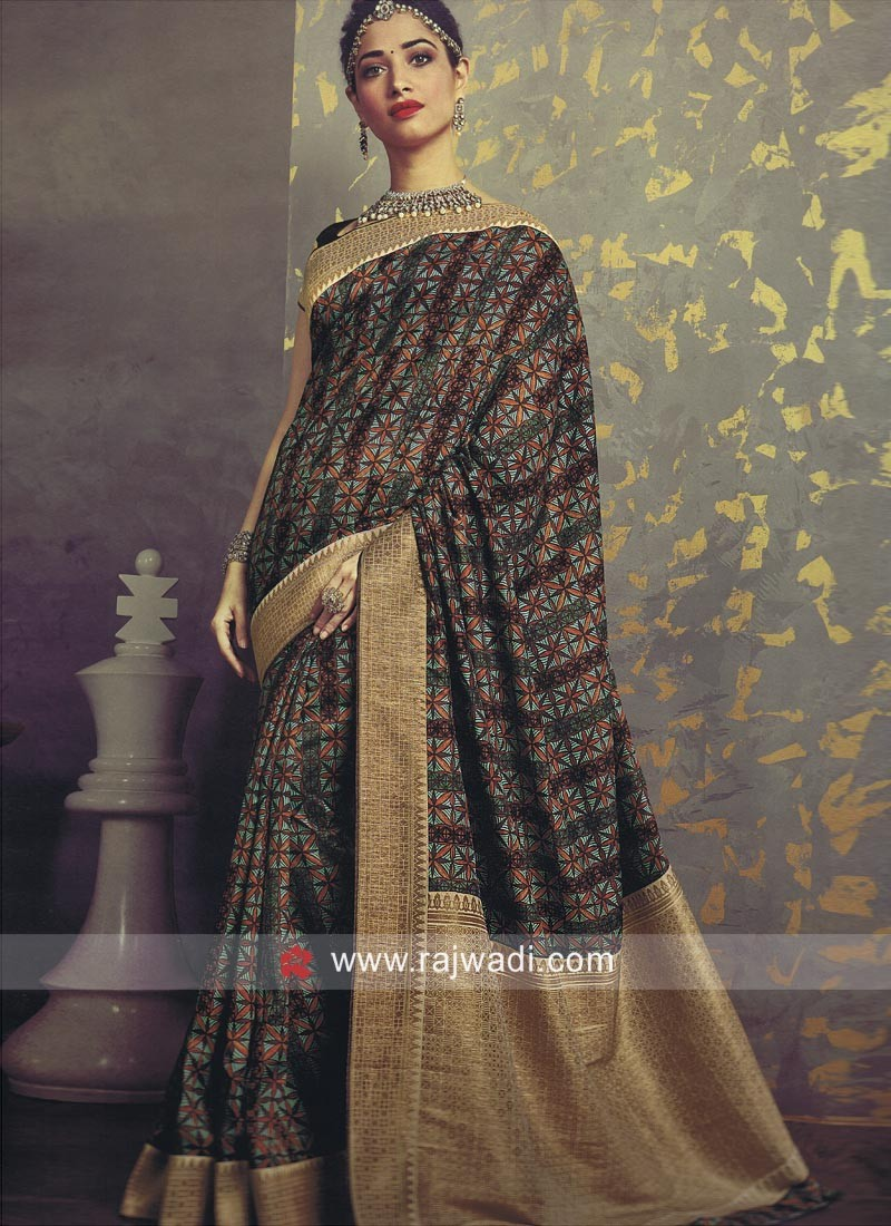 Tamannaah Bhatia Printed Saree in Multicolor